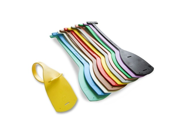 Tie tags, manufactured from polyurethane with two variable closure slots.